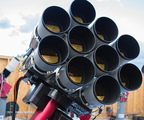 Dragonfly: A new kind of telescope (U of T Magazine)